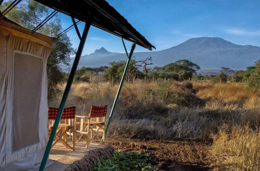 Kilimanjaro i baggrunden